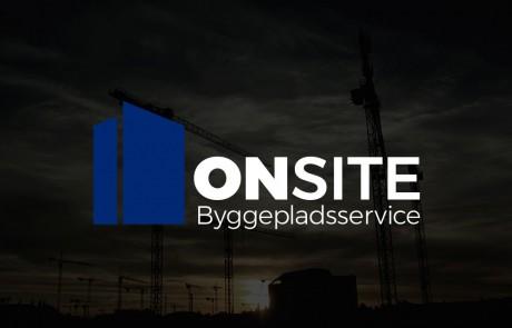 ONSITE Byggepladsservice logo, negativ blå på miljø baggrund