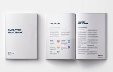 DSG: Redesign af medarbejderhåndbogen, mockup af forside og side 4 og side 5